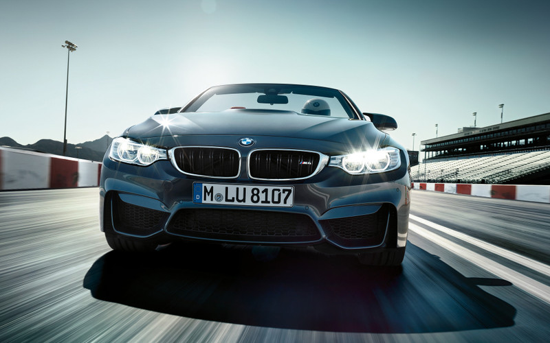 Bmw_m4_cabrio_wallpaper_1920x1200_0