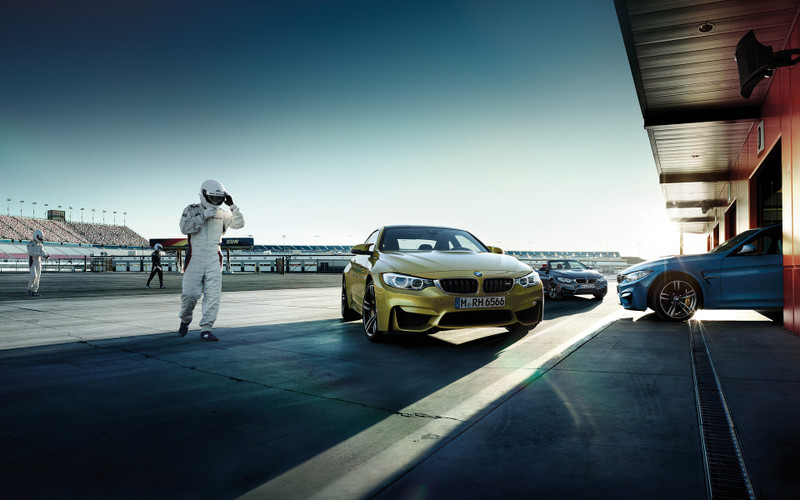 Bmw_m4_cabrio_wallpaper_1920x1200_4
